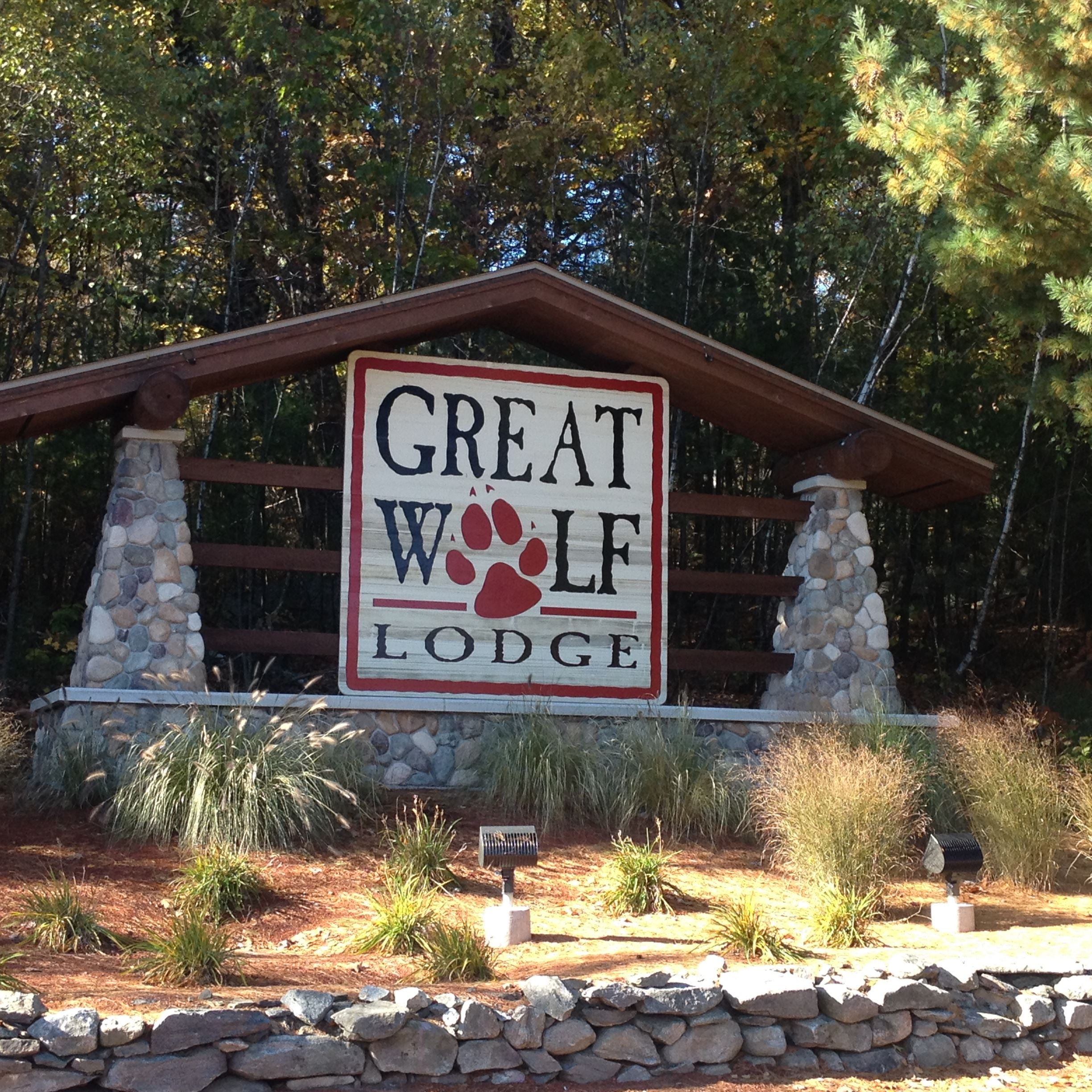 GreatWolfLodge_Sign